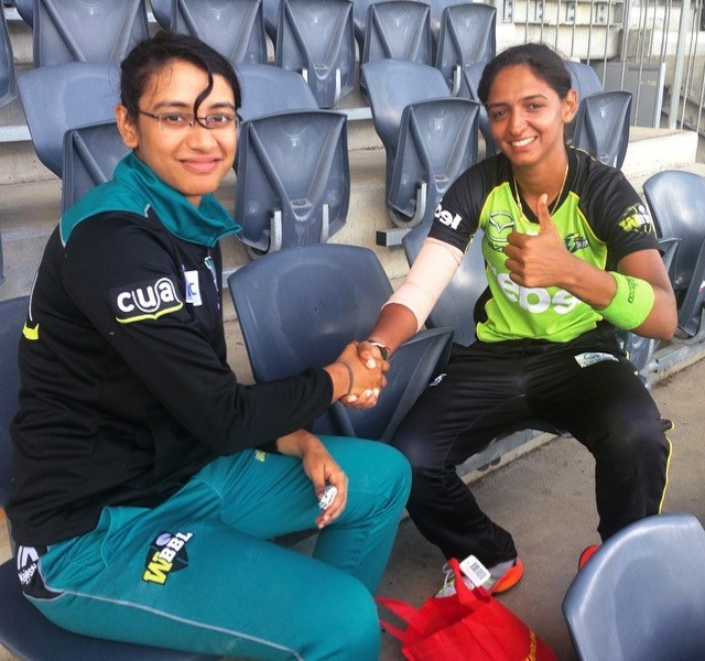 harmanpreet-and-smriti
